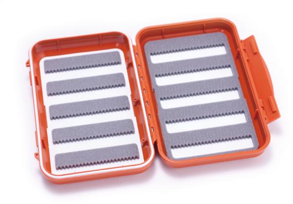 Bild på C&F Medium 10-Row WP Fly Case (CF-2555) Orange